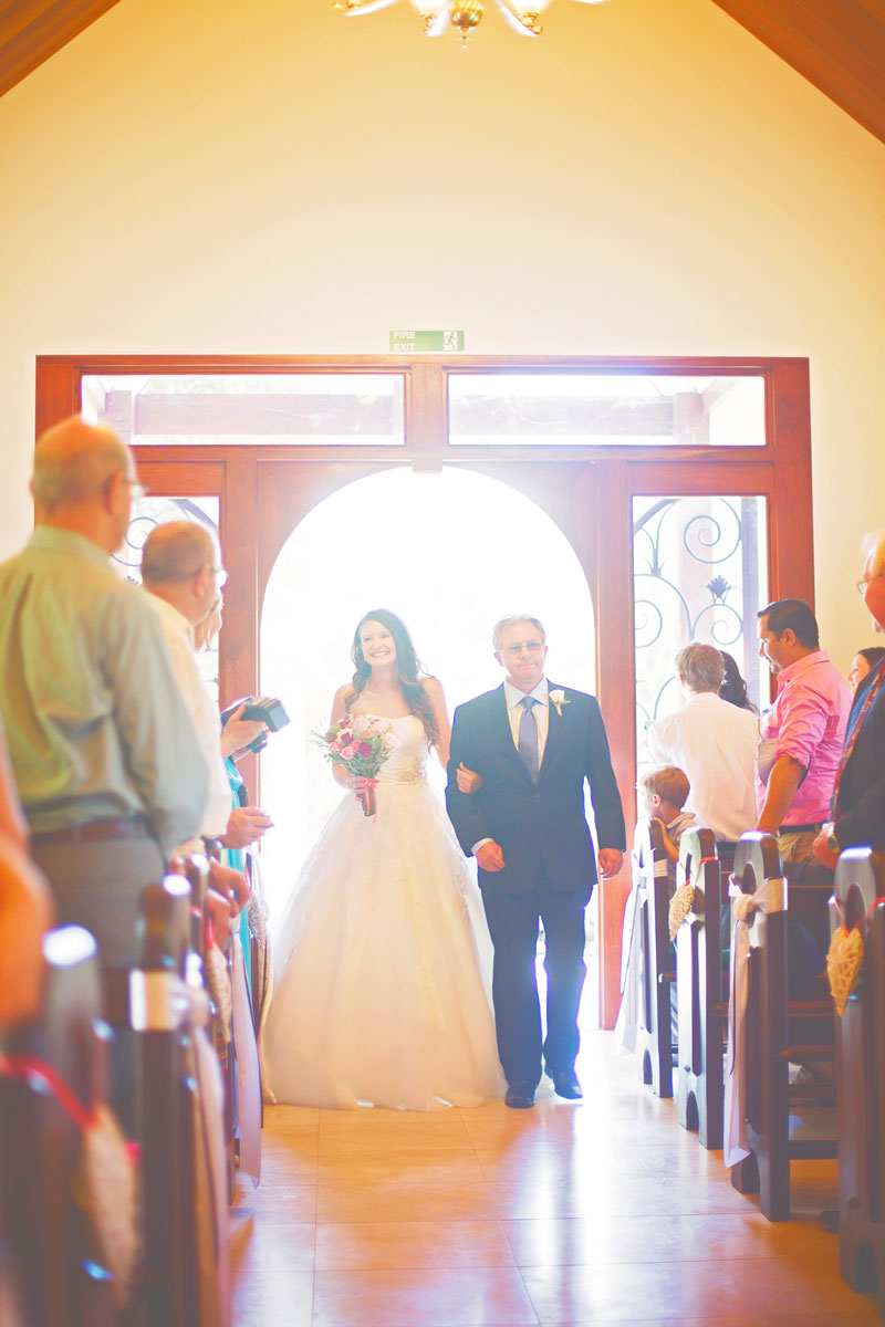 bride and father arriving